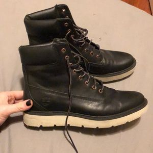 Black leather Timberland Kennington boots